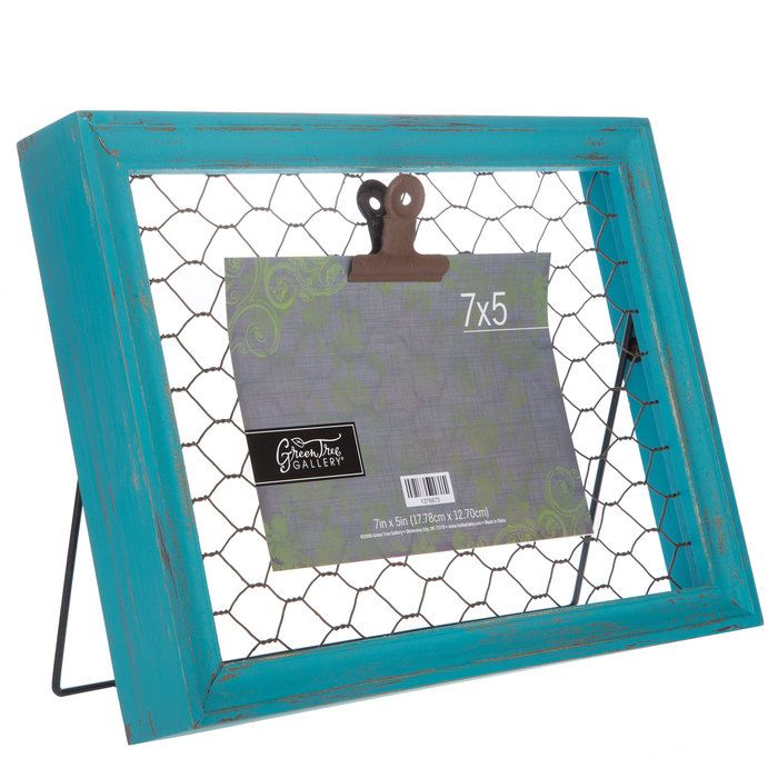 Turquoise Wood Frame with Chicken Wire & Clip - 5 | b | Pinterest ...