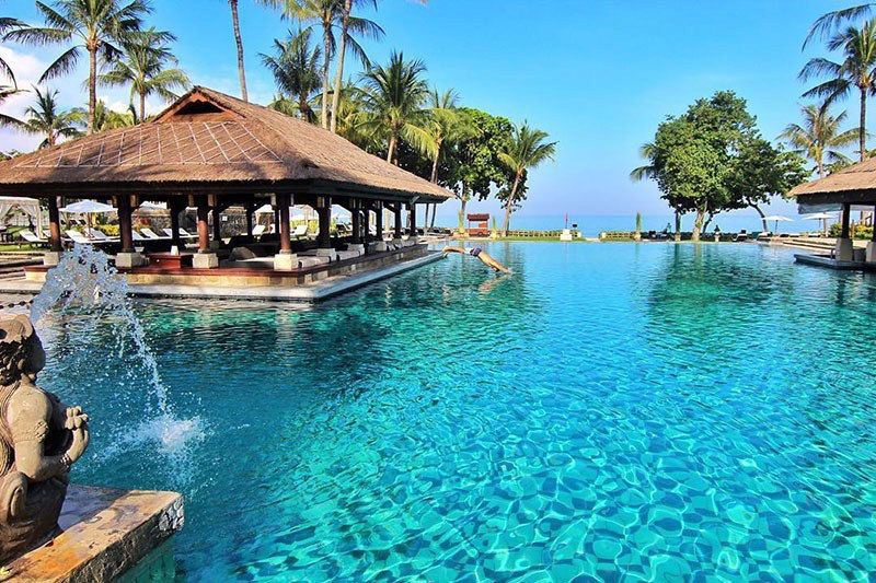 27 Out Of The Ordinary Romantic Things To Do In Bali On Valentine S Bali Beach Resorts Bali Resort Family Beach Resorts