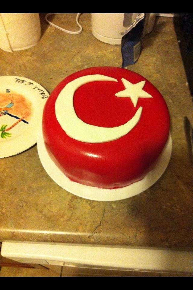 Turkish flag cake.   Cooking   Flag cake, Cake, Birthday cake