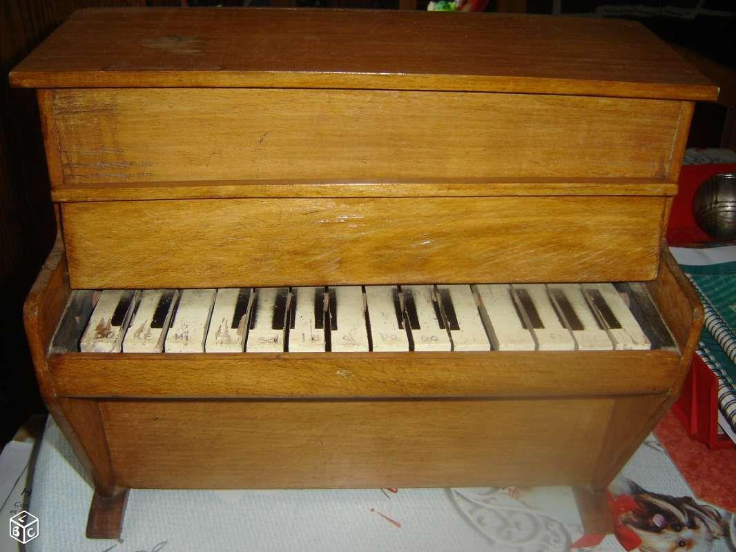 Piano En Bois Pour Enfant Années 50 Jeux Jouets Manche Leboncoin