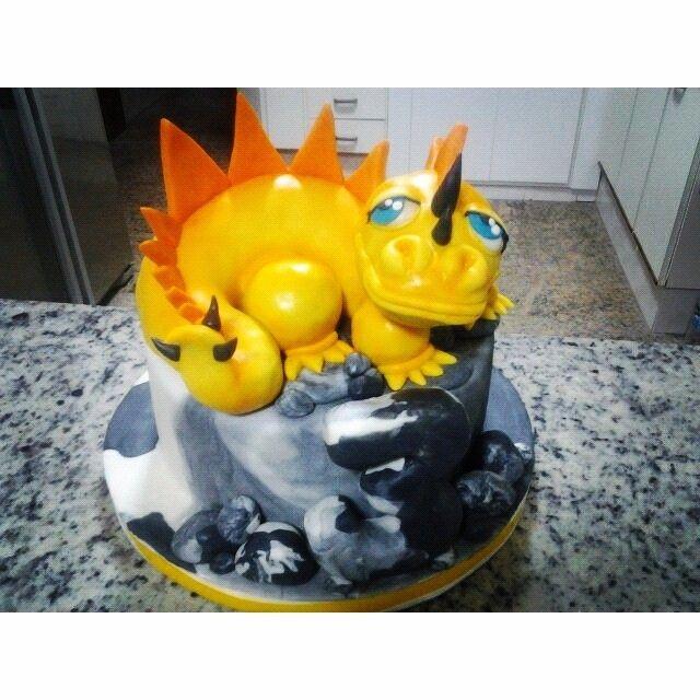 Bolo Dinossauro todo comestível!