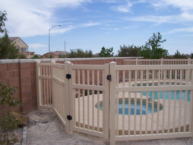 Removable Swimming Pool Fence With Self Latching Gate From