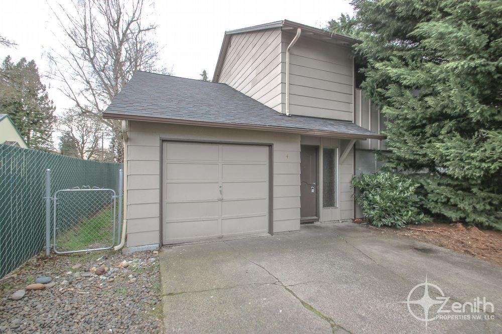 1 395 00 3 Beds 1 5 Baths Townhouse For Rent In Vancouver Wa Renting A House Townhouse For Rent Rental Decorating