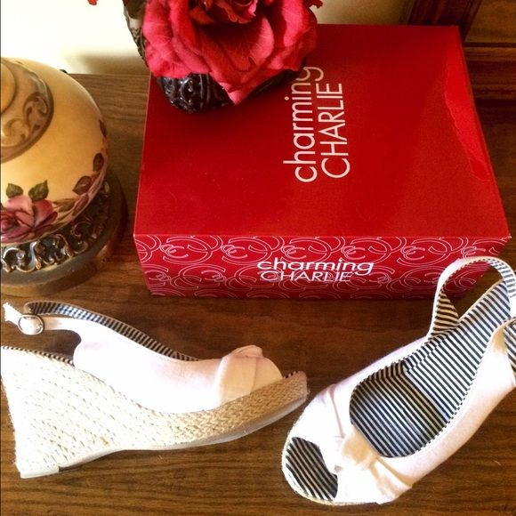 """White Espadrille Wedges ⚓️ This is a great pair of white canvas Espadrilles by Charming Charlie's. Size 8. Blue and white stripe lining. 3 1/2"""" jute covered wedge heel with 1"""" platform. Used once or twice and in excellent condition. Sporty and nautical. ⚓️⛵️ Charming Charlie Shoes Espadrilles"""