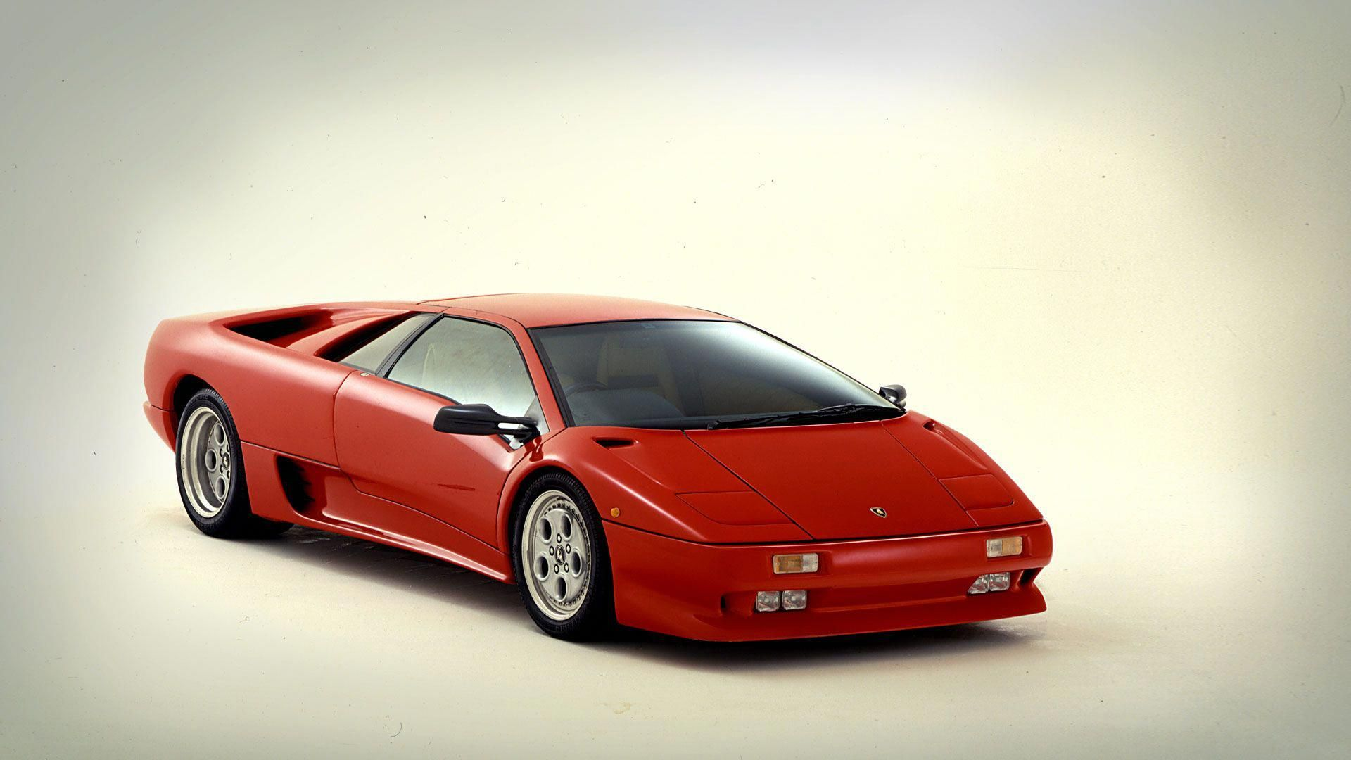 Masterpieces Diablo The Supercar Of The Future 1990 The Diablo Was Destined To Become The Worthy Heir Of The Renowned Miura And Countach T Lamborghini Diablo