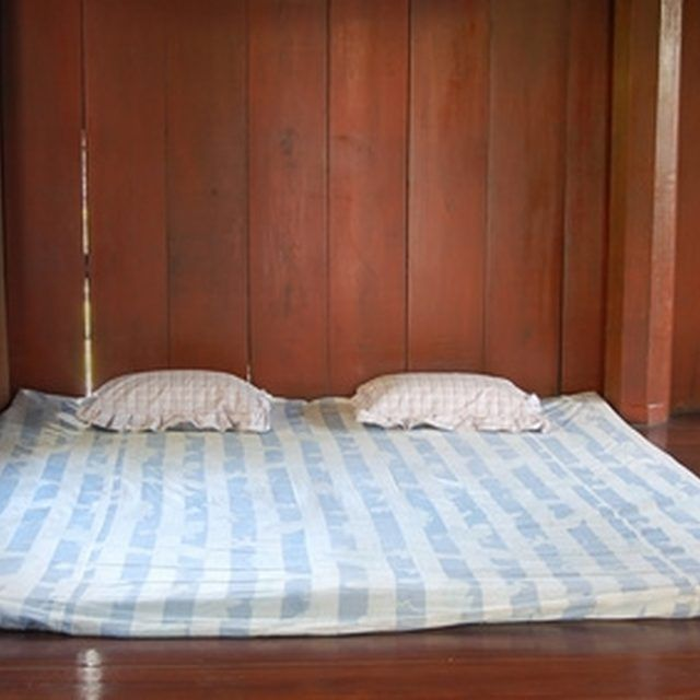 Remove Urine Stains From A Pillow Top Mattress Instead Of Throwing It Away