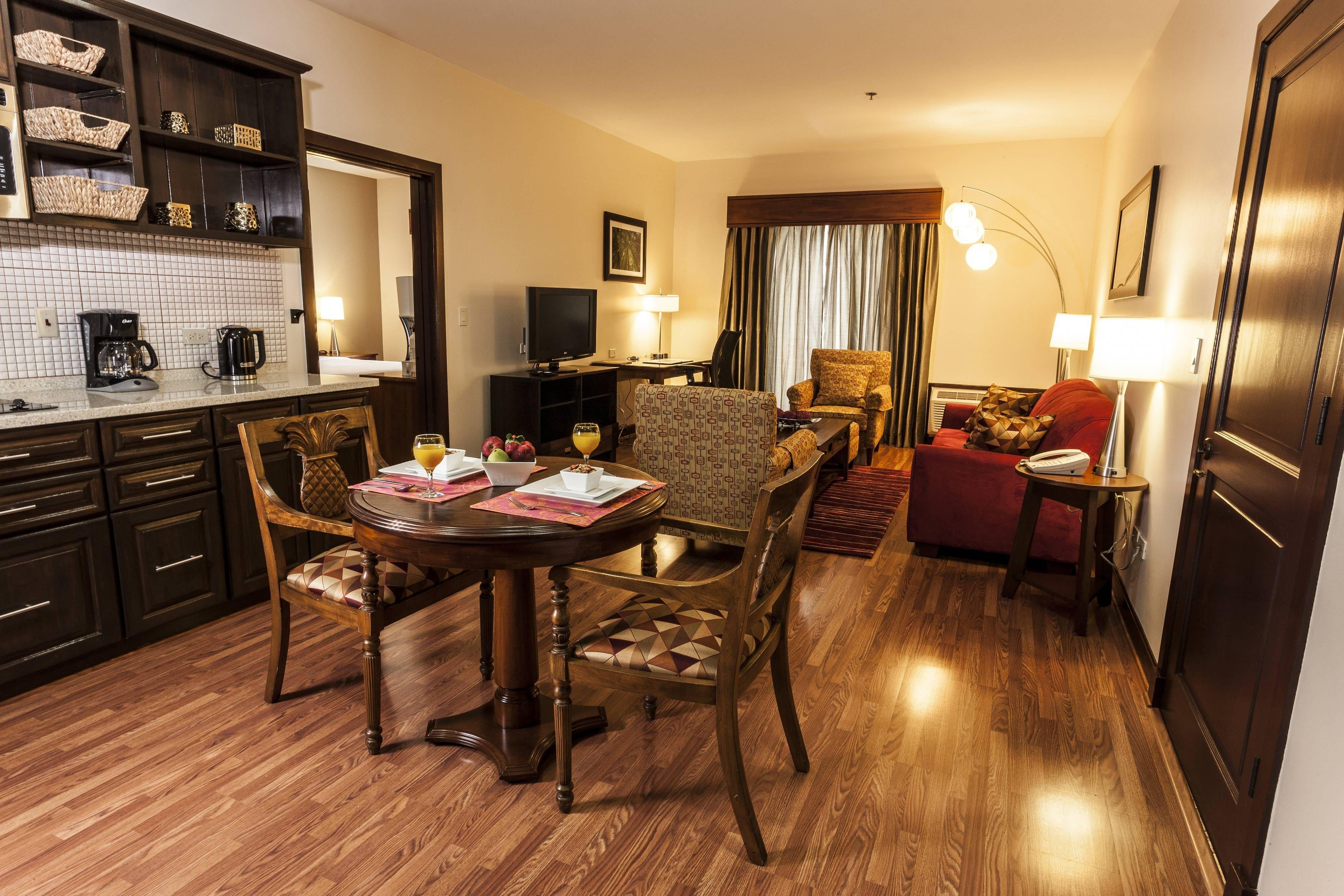 Courtyard port of spain onebedroom suite dining area