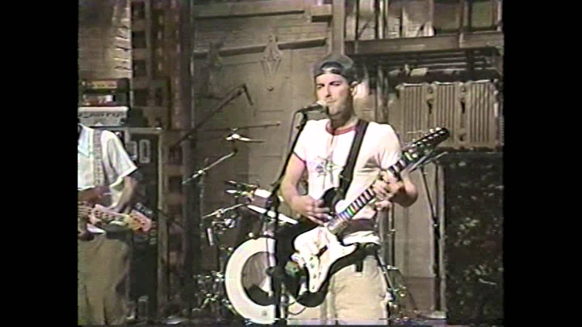 Beastie Boys - Sabotage ( David Letterman ) - 1994