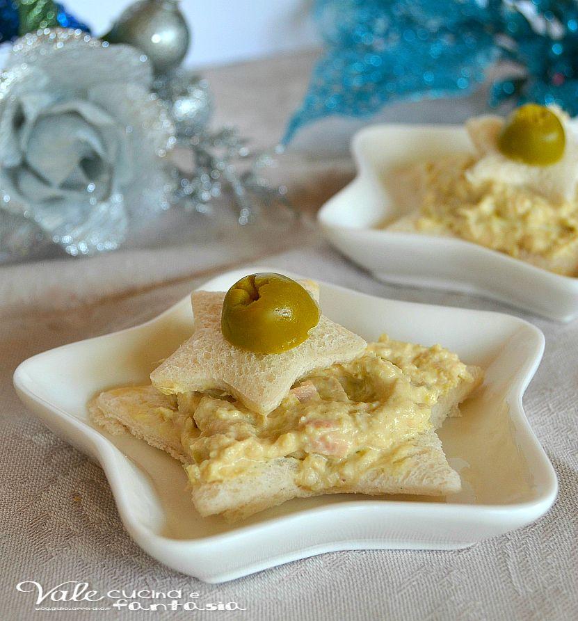 Antipasti Di Natale Con Tonno.Tartine A Stella Con Mousse Di Tonno E Olive Ricette Antipasti Di Natale Idee Alimentari