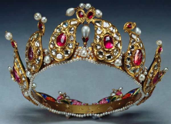 Hidden British Royal Tiaras The Court Jeweller Royal