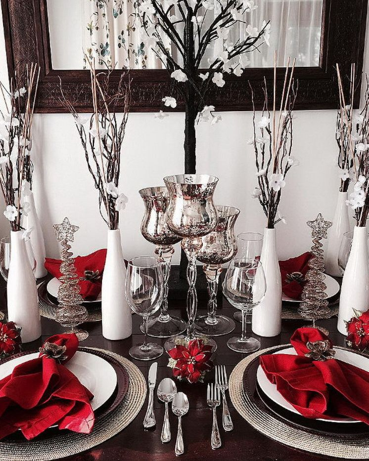 70 Ultra Modern Christmas Tablescape Stunners More