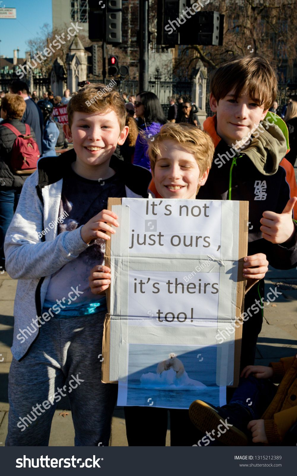 London Uk United Kingdom 15th February 2019 Striking School Aged Children In Central London Over Climate Cha Climate Change School Strike Stock Images Free