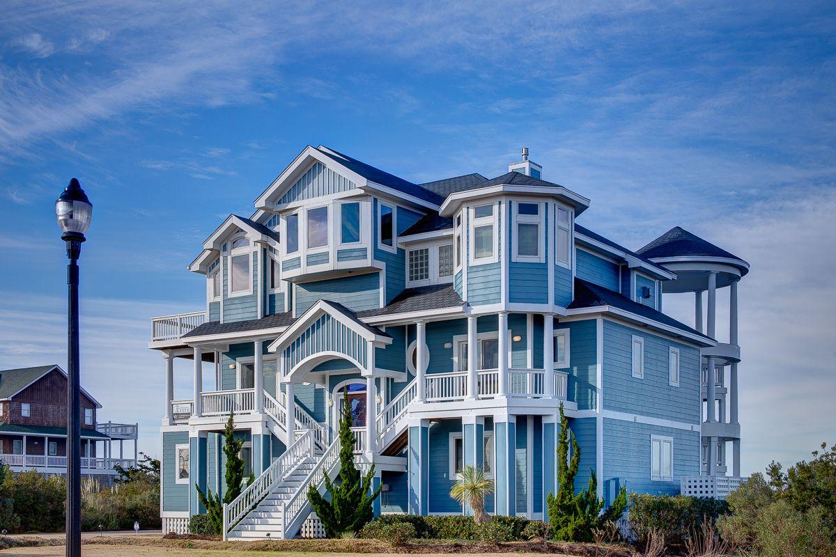 Outer banks vacation rentals. Sunset Serenade 63    8 Bedroom Soundfront House    OBRrentals