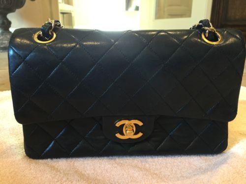 Authentic CHANEL Double Flap Shoulder Bag - Black Quilted Lambskin - Vintage https://t.co/Gvsr3Zr2rd https://t.co/sOttZrQL2o