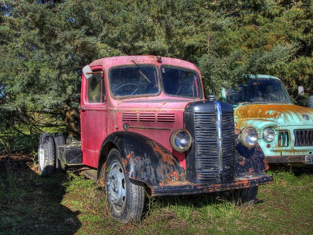 Old Bedford Truck New Zealand By Brian NZ Via Flickr TruckRusty CarsBarn FindsTow