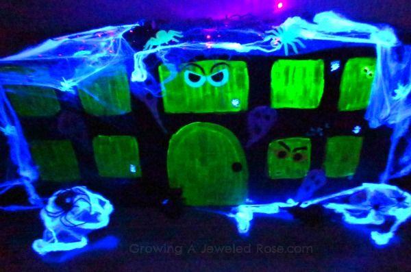 Haunted house Halloween fun Kathys faves Pinterest Haunted - halloween haunted house ideas