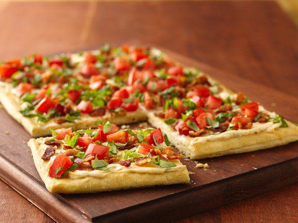 Bacon and Tomato Crescent Pizza