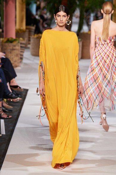 Photo of Oscar de la Renta Spring 2020 Ready-to-Wear Fashion Show