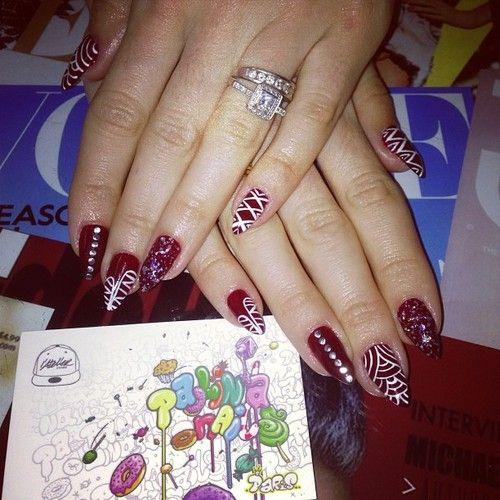 Paolina Nails a l @Christie R Store  Paris!!! #paolinanails #atelierstore #paris #shop #nailporn #nailgasm #fashion #nails #nailart #nail  #nailswag #nailsdone #nailswagg #nailsaddict #nailsdesign #nailpolish #nailstagram #nailspotting #nailsoftheday #nailsofinstagram #nailartoninstagram #nailartclub #nailartoohlala #followback  #naillacquer #nail #nailsart #nails2inspire #nailsoftheweek #nailcolor #naillacquer #bbloggers #makeupartist #makeup #girls  (à LAtelier St