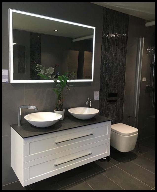 Gran exposición de baño con el lavabo Piamonte de #SolidSurface ...
