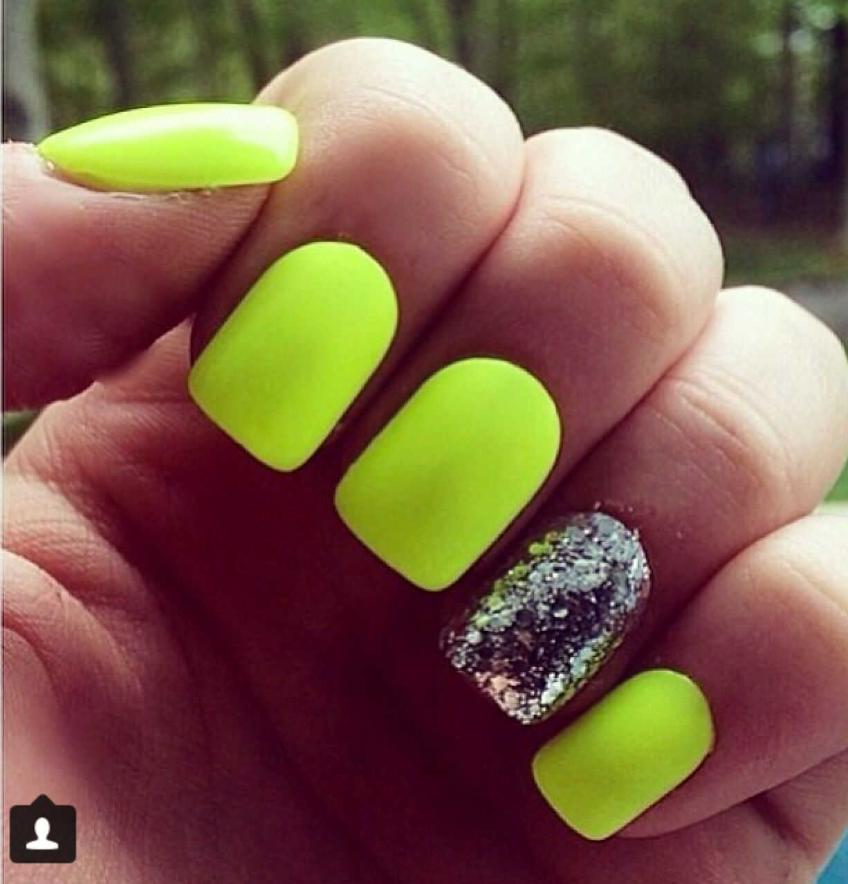 Neon yellow nails | Nails Ideas | Pinterest | Neon yellow nails ...