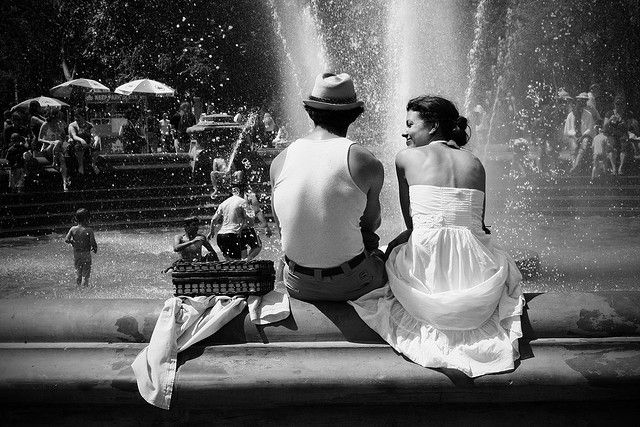 Summer In The City By Guan9 Photography Guan9 This Is Totally Me Relaxing With A Picnic Lunch And My Legs In The Fountain Photography Summer Romance Love Photography