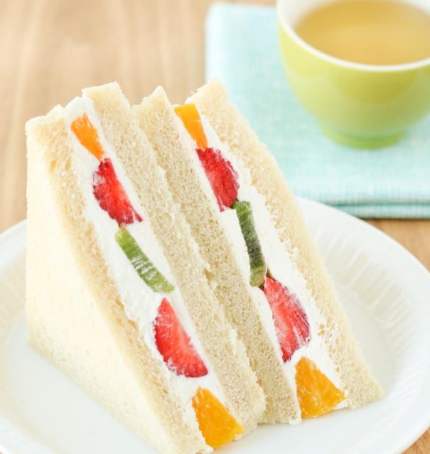 Fruit Sandwiches (Fruit Sando) - cookingfun recipes#breakfast#easy recipes#yummy#cake&bread#dinner#salad#soup#chicken#drinks#pasta