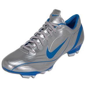 new style 37d35 400d9 Nike Mercurial Vapor I , plateadas y azul electrico con las que Ronaldo  Nazario jugó en el Real Madrid.