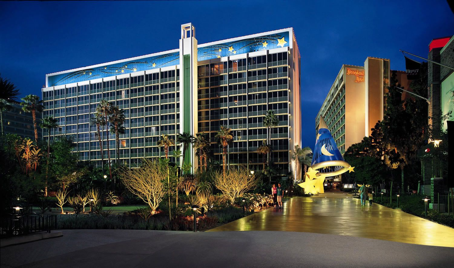 The Pool Area And Tower Circulation Areas Were Redesigned Into A Themed Resort
