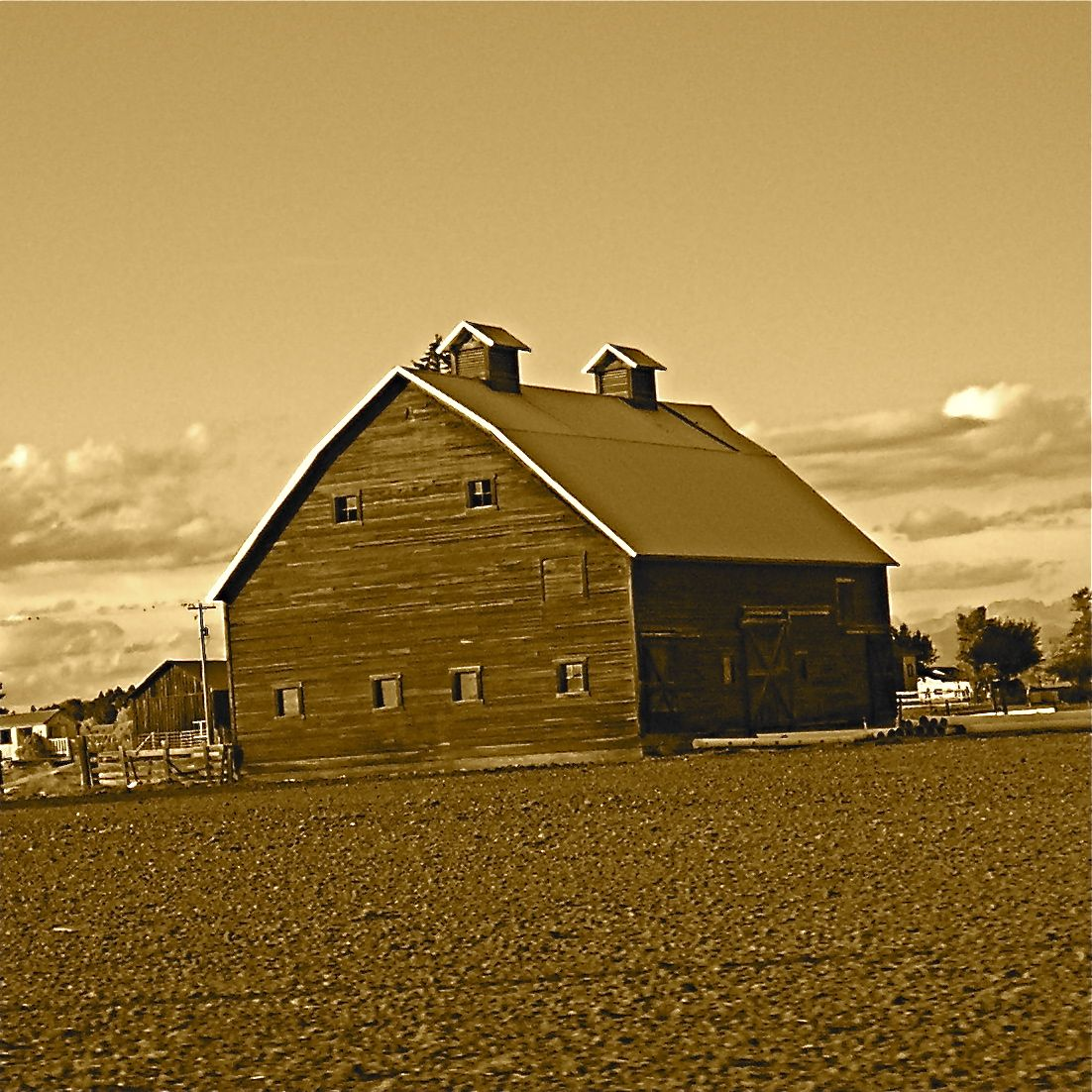 Ellensburg is surrounded by Barns.