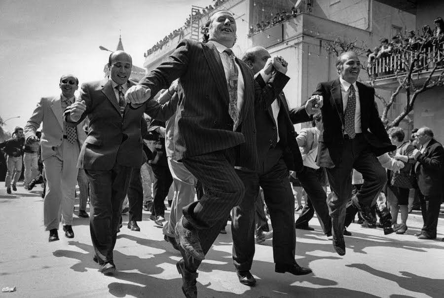Cristina García Rodero es una de las mejores fotógrafas de la historia de la fotografía en España. Es miembro de la agecia Magnum. Nació en Puertollano en 1949, y estudió pintura en la Universidad Complutense de Madrid