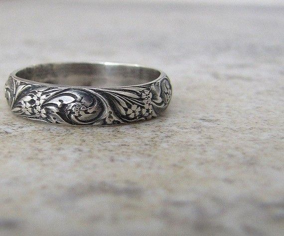 Floral Pattern Ring Silver Band Antiqued Bouquet by SilverSmack, $38.00 can be left shiny instead of antiqued