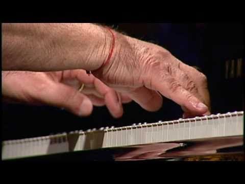 João Donato | Minha saudade | (João Donato) | Instrumental SESC Brasil - YouTube