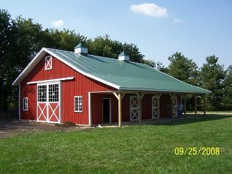 Horse barn hopehestbride