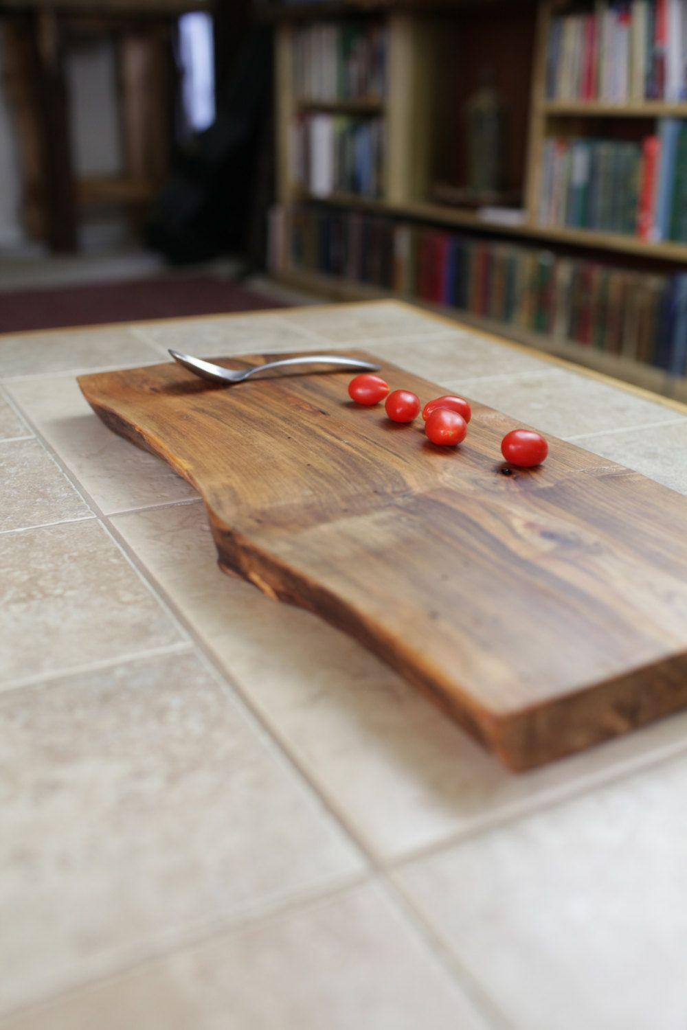 Make your cheese plate simply stunning diy wood slice cutting board - Wood Cutting Boards Serving Tray Wood Slab Server Rustic Cheese Platter