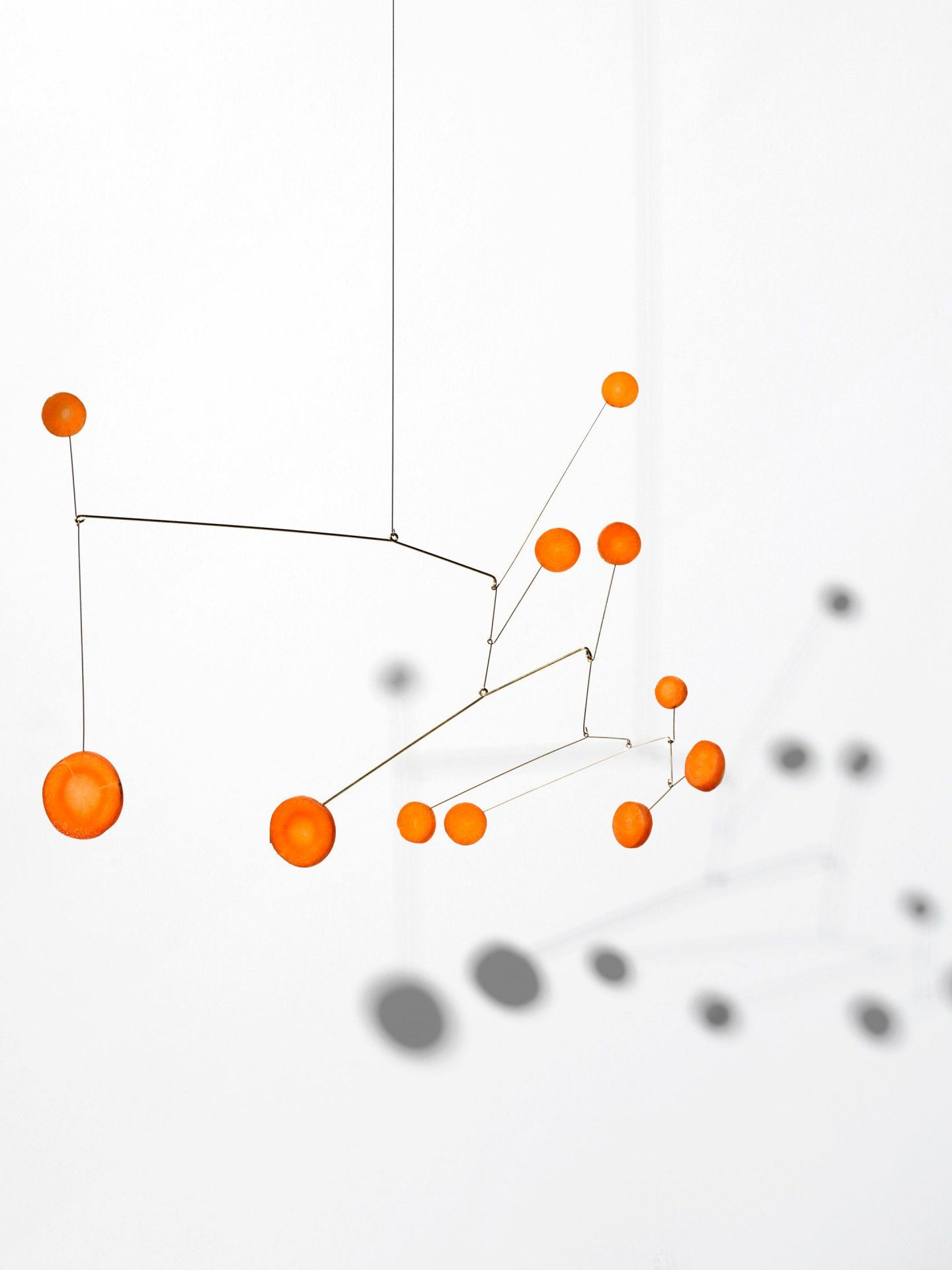 Hommage To Calder In 2020 Mobile Art Famous Sculptures Kinetic
