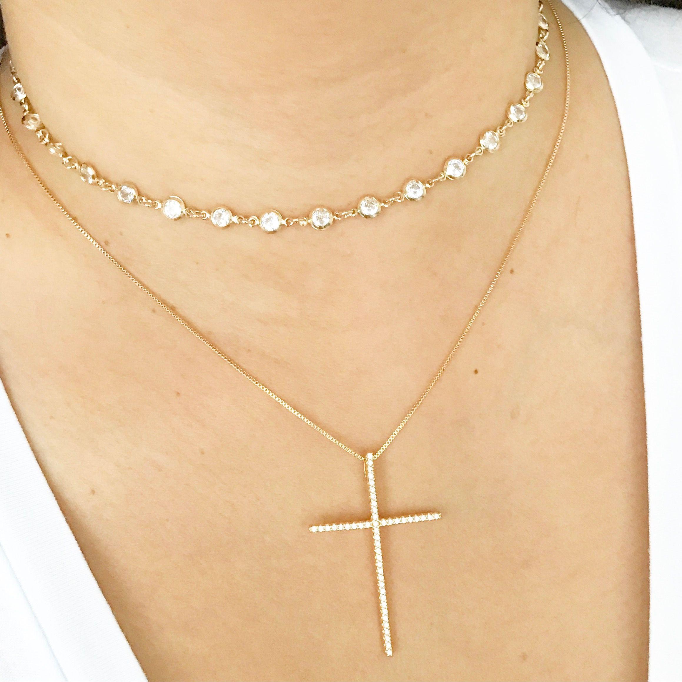 2f255c31f8f Colar crucifixo cravejado com microzirconias. Choker Inspired Tiffany.  Semijoias banhadas a ouro.
