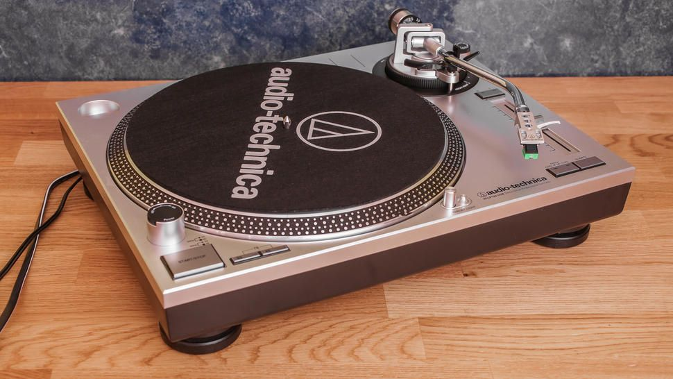 Audio Technica Lp120 Usb Turntable Review An Excellent Turntable With A Digital Twist Audio Technica Turntable Usb Turntable