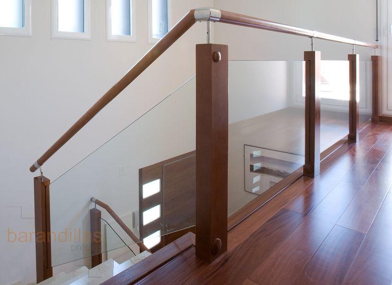 Escaleras de cristal y madera buscar con google - Barandas de escaleras de madera ...