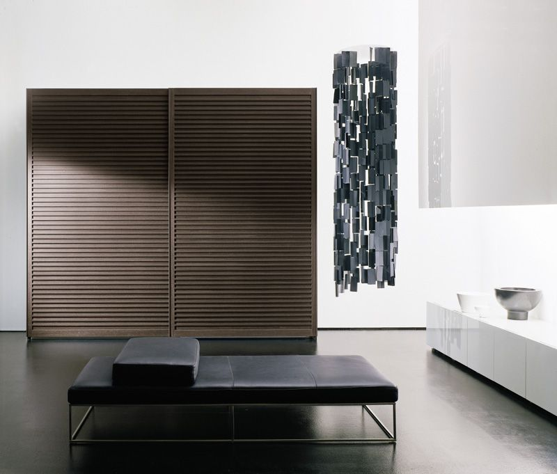 Amado wardrobe with sliding doors with solid wooden