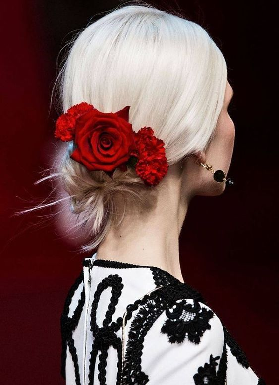 Rouge Obsession Rouge Obession En 2019 Coiffure
