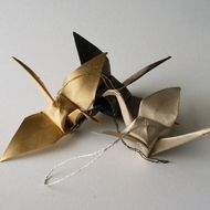Photo of 3 Golden Cranes – Gold, Black & Silver Metallic Silk Origami Christmas Tree