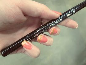 Dutch Growers Fashion: The Best Eyeliner Ever