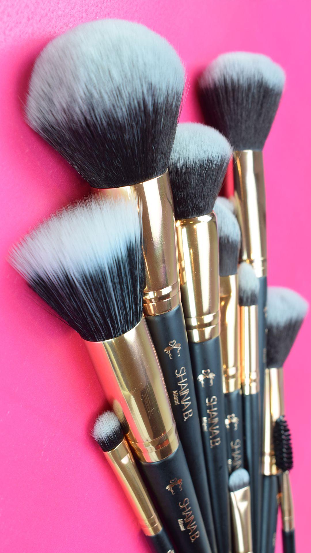 Beautiful vegan bamboo buffing Makeup brushes Cruelty