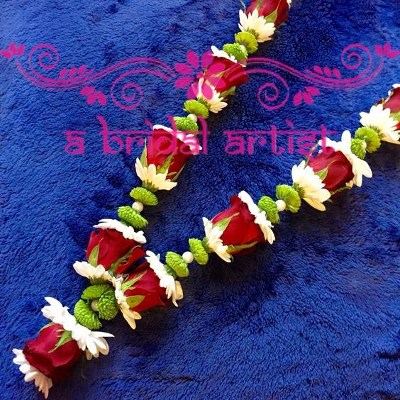 Pin By Shanthi On Floral Jewellery Flower Garland Diy Flower Garland Wedding Garland Wedding