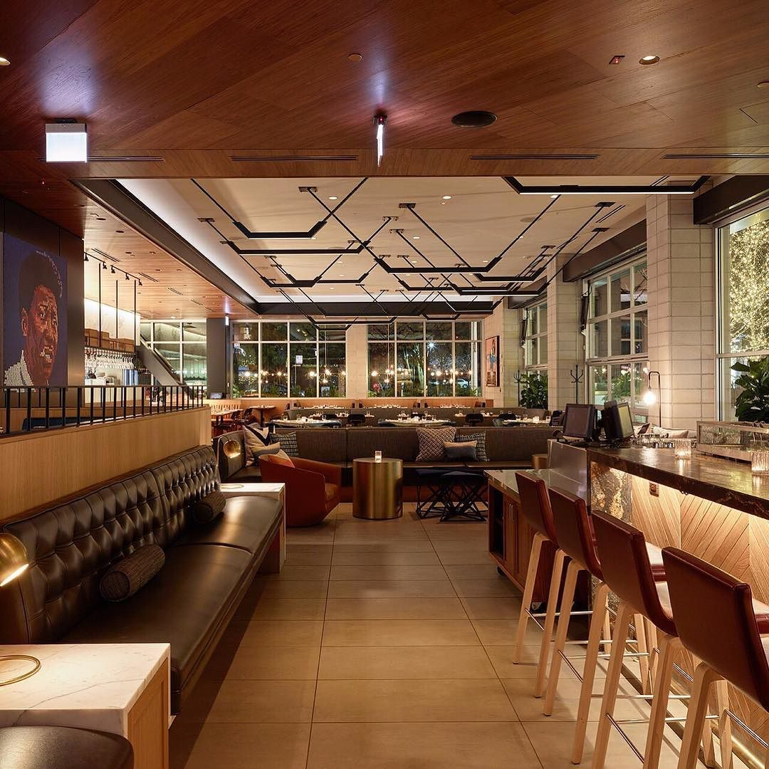 Welcome To Earls Lincoln Park Earls Chicago Designofearls By Earlsrestaurant Upscale Decor Kitchen Bar Cafe Design