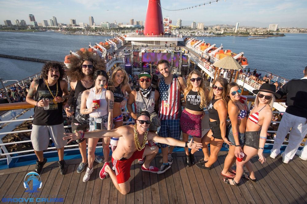 Facts couples cruise