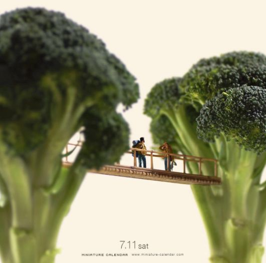 Delightful photos of miniature figures interacting with everyday objects - Boing Boing