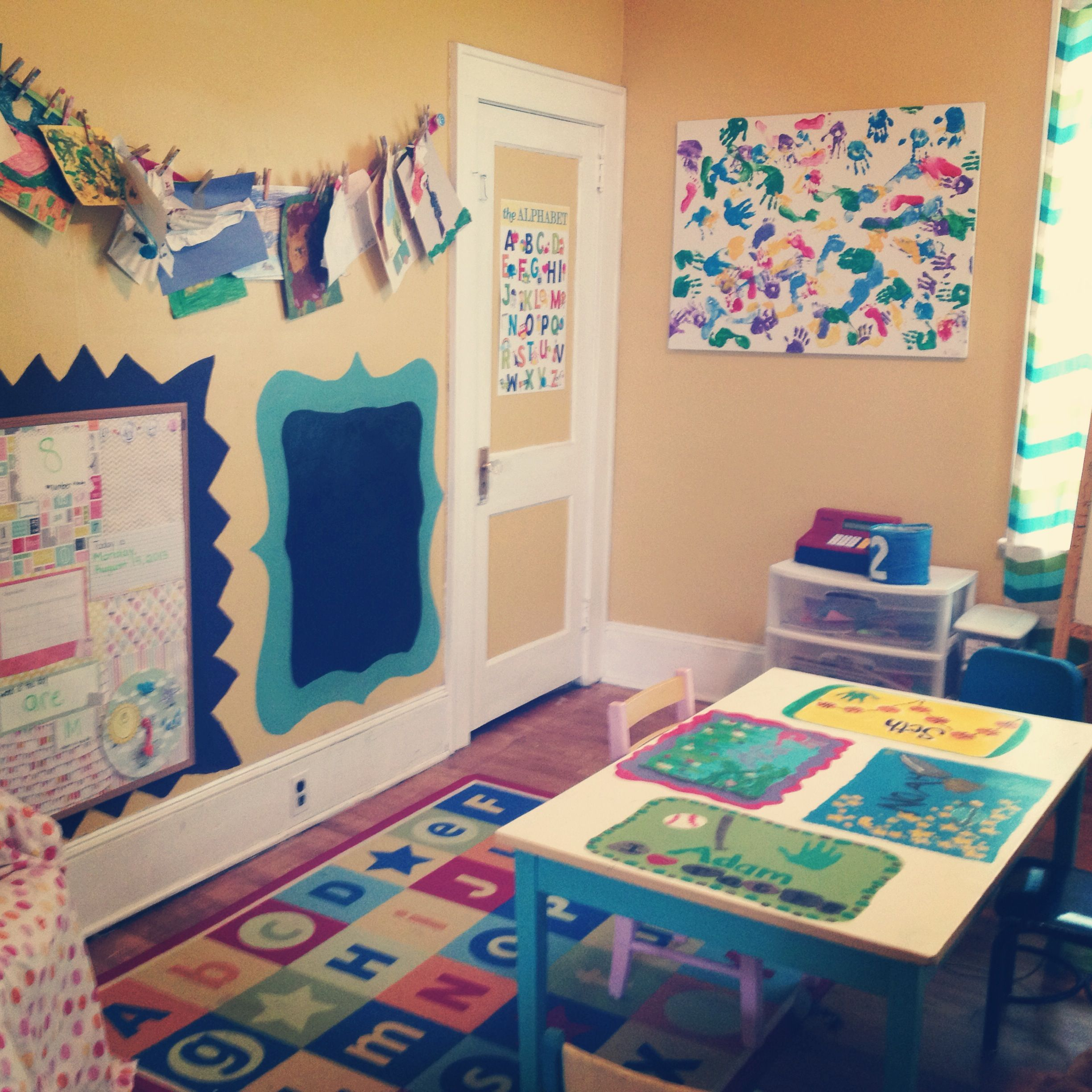 Home Daycare Design Ideas: School Room...just Beautiful!