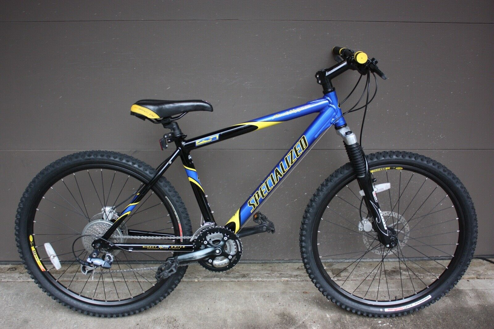 17 Specialized Rockhopper Comp Mountain Bike In Amazing Shape Mountain Bike Ideas Of Mountain Bike Mountai Mtb Bike Mountain Biking Specialized Rockhopper